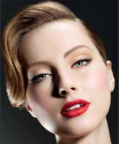 75 years of providing the latest make-up looks and colour on the high street, and Lisa Eldridge, have developed Decades Collection 1940s Makeup, Vintage Makeup, Makeup Tips, Eye Makeup, Hair Makeup, Makeup Ideas, Lip Tips, Makeup Trends, Bridal Makeup