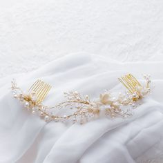 Gold and pearl bridal headpiece | Percy Handmade | The A-Z of Bridal Accessories