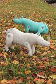 Dozer Rhinoceros sewing pattern PDF beginner by ricracsews Softies, Plushies, Sewing Stuffed Animals, Dinosaur Stuffed Animal, Rhino Art, Felt Puppets, Rhinoceros, Sewing Patterns, Sewing Ideas