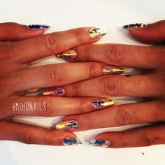 """#nail #nails #nailart #naildesign #japaneseart #japanesenail #gelart #gelnails #mihonails #foilnails #rainbow"""
