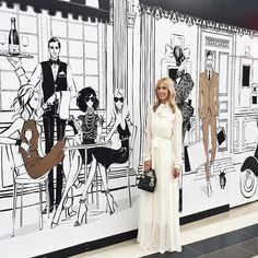 Have you seen my GIANT illustrations at @chadstone_fashion - it's all in their new Luxury Precinct - so many exciting things are being built behind all my drawings!