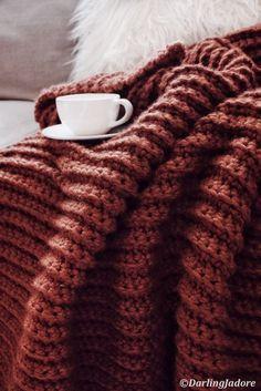 Afghan Crochet Patterns, Knitting Patterns, Sweater Patterns, Crochet Stitches, Crochet Throw Pattern, Knitting Ideas, Chunky Blanket, Afghan Blanket, Merino Wool Blanket