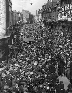 In 1938, a special appearance was arranged for the actor Lupino Lane to perform the Lambeth Walk actually in Lambeth Walk, London! The gigantic public response, seen in the picture,  was not anticipated. A handful of bobbies are struggling to manage a vast crowd on a sunny day in Lambeth Walk.