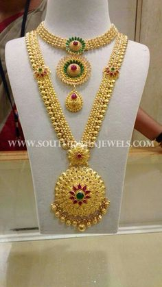 Jewelry OFF! Bridal Gold Necklace and Haram Designs Bridal Jewellery From CMR Jewels. Gold Earrings Designs, Gold Jewellery Design, Necklace Designs, Bridal Jewelry Sets, Bridal Jewellery, Gold Jewelry Simple, Fashion Jewelry, Jewelry Shop, South India