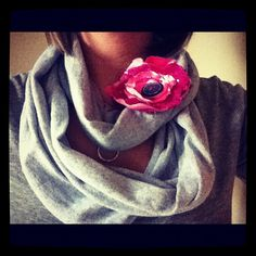 I've been wanting to try wearing a grey infinity scarf after seeing a friend with one.  I love the idea of trying to make one myself for cheap, so I think I'm gonna try this.  I'll probably get the XXL t-shirt since I think the XL one this author used made a slightly shorter scarf than I think I'm wanting.  Excited to try it!