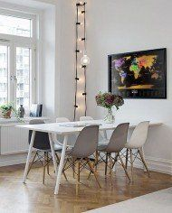 Mix up chairs for white table in front dining. grey white and black dining chairs: sympa le mélange gris/blanc des chaises Eames Room Inspiration, Home And Living, House Interior, Home, Interior, Scandinavian Interior, Home Deco, Home Decor, Dining Room Inspiration