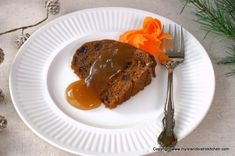 Rum-soaked raisins combine with grated carrots and shredded potatoes and spices to make a flavorful steamed pudding that is perfect with brown sugar sauce or eggnog sauce. Steamed Carrot Pudding Recipe, Potato Pudding, Pudding Recipes, Bistro Kitchen, Pudding Ingredients, Raw Potato, Shredded Potatoes, Rich Recipe