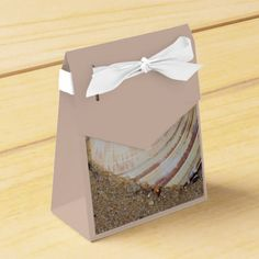 Beach photo favor box