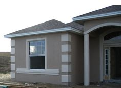 exterior paint for stucco homes - Yahoo Image Search Results Café Exterior, Stucco And Stone Exterior, Stucco Homes, Exterior Remodel, Exterior Signage, Grey House White Trim, White Stucco House, White Exterior Houses, Stucco House Colors