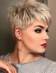 pixie haircut for thick hair, short hair cuts, short hair back, short g Short Hair Back, Short Choppy Hair, Funky Short Hair, Super Short Hair, Short Hair Cuts For Women, Short Hairstyles For Women, Short Hair Styles, Hairstyle Short, Hair Styles For Women Over 50