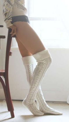 Tips for Buying Tights, Pantyhose and Other Legwear Online Frilly Socks, Funky Socks, Tall Girl Outfits, Cable Knit Socks, Tall Socks, Argyle Socks, Sexy Socks, Thigh High Socks, Skinny Girls
