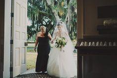beautiful blusher veil | Ariel Renae #wedding