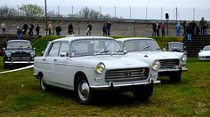 Autodrome Vintage Market -Linas-Montlhéry (91) - jean-pierre Marche - Peugeot 404 berline
