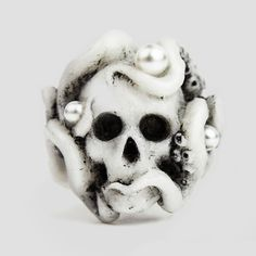 Octopus ring white | Macabre Gadgets fashion Jewelry