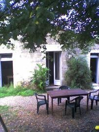 Long term lets in Dordogne, Nouvelle-Aquitaine, France. Renovated Vignerons Cottage In Pretty Village for rent. Discounted rates on Rent a Place in France Cottage, France, Let It Be, Places, Pretty, Cottages, Cabin, Lugares, French