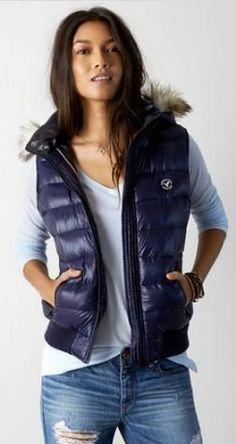 AEO Down Puffer Vest