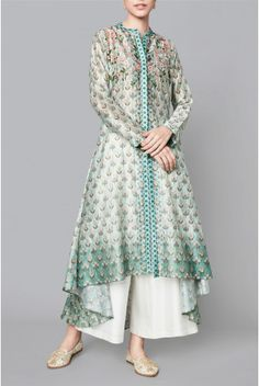 Shop from an exclusive range of luxurious wedding dresses & bridal wear by Anita Dongre. Salwar Designs, Kurti Neck Designs, Kurta Designs Women, Kurti Designs Party Wear, Blouse Designs, Indian Wedding Outfits, Indian Outfits, Indian Attire, Pakistani Dresses