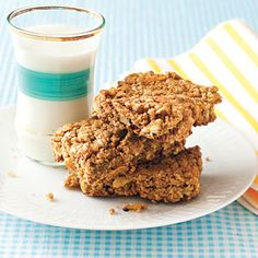 Cook from your pantry and save | Oats recipe: Fruit and Nut Granola Bars | AllYou.com