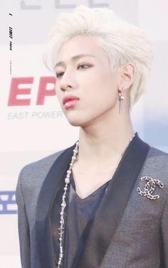 Seoul Music Awards red carpet #GOT7 #BamBam