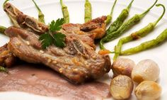Receta de Costilla de ternera con chalotas y salsa de cebolla