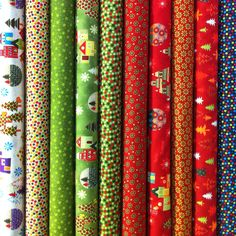New Christmas fabrics available at Quiltshop-online: http://www.quiltshop-online.com/ws-ca/ca51/