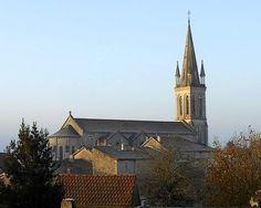 #église de #Nontron : une destination au coeur du #Périgord vert