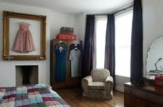 espaciohogar.com.wp-content.uploads.decorando-las-paredes-con-vestidos-3
