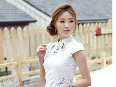 Chinese temperament cheongsam beauty--Chinese beautiful girl with Chinese traditional clothing