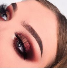 Idée Maquillage 2018 / 2019 : Very cute makeup for blue eyes Miladies.net Blue Eye Makeup, Human Eye, Blue Eyed Makeup, Eyes