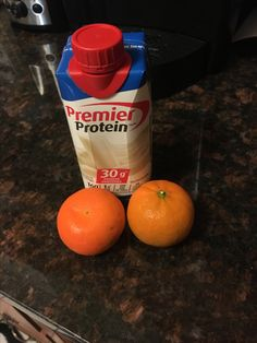 Premier protein shake and my favourite morning snack! Best combo! #gotitfree #trypremierprotein @ChickAdvisor