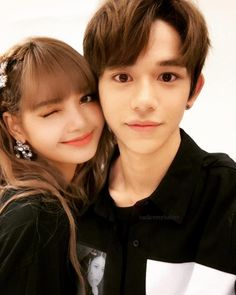 I am not Lucas and Lisa shipper just i like photo. Army Clothes, Kpop Couples, Lucas Nct, Ulzzang Couple, Blackpink Lisa, Christen, Couple Goals, Hyeri, Instagram Story