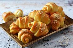 Pretzel Bites, Dessert Recipes, Bread, Food, Hair, Brot, Essen, Baking, Meals