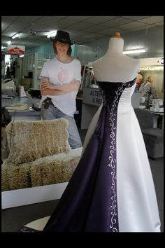 I love Stevie's wedding dress more than any I have ever seen. I would wear this if I was getting married. I love midnight blue. And most people can't tell the difference between it an purple. :0)