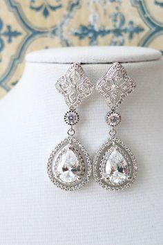 Deluxe Cubic Zirconia Teardrop Earring, vintage halo style earrings, bridal gifts, drop, dangle, silver rose gold weddings brides, www.glitzandlove.com