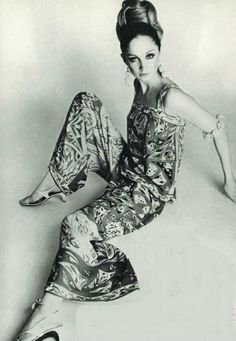7 Most Iconic Fashion Designers | Emilio Pucci #fashion #vintage #designers #timeless #glamour | See more inspiring articles here: www.vintageindustrialstyle.com