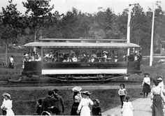 Ottawa Electric Railway streetcar in Britannia Park early 1900s  (960×679)