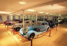 Tagungslocation Rolls-Royce-Museum Dornbirn Rolls Royce, Museum, Antique Cars, Event Room, New Construction, Rolling Stock, Vintage Cars, Museums