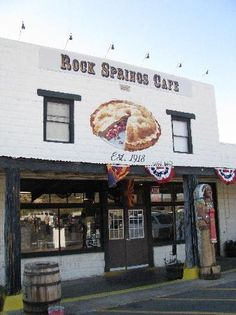 Rock Springs Cafe in Black Canyon City. Consistently voted to have the best pies in AZ, shipped worldwide, huge, unique flavors & a historical building, saloon & store there. worth a stop off between Phx & Prescott Date Night Restaurants, Phoenix Restaurants, Great Restaurants, State Of Arizona, Arizona Travel, Phoenix Arizona, Prescott Arizona, Sedona Arizona, Black Canyon City