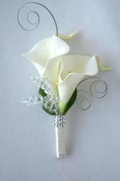Calla Lilies wedding ladies corsage or double buttonhole, more colours available. wedding corsage Calla Lilies wedding ladies corsage or double buttonhole, more colours available Lily Bouquet Wedding, Calla Lily Bouquet, Corsage Wedding, Calla Lily Boutonniere, Boutonnieres, Calla Lily Wedding Flowers, Groom Boutonniere, Prom Flowers, White Wedding Flowers