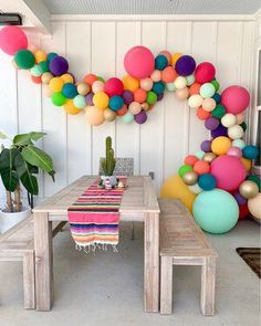 9 fun and unique themes for the baby shower: perfect – Baby Shower Decor Safari Party, Fiesta Theme Party, Mexican Fiesta Party, Mexican Menu, Mexican Birthday Parties, Birthday Party Themes, 2nd Birthday, Grad Parties, Balloon Decorations
