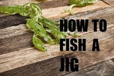 A popular question among many fishermen is: How to fish a jig. Let's tackle that question and talk about the different types of jigs. Best Bass Fishing Lures, Fishing Rigs, Fly Fishing Rods, Trout Fishing, Fishing 101, Fishing Knots, Fishing Guide, Fishing Basics, Bowfishing