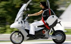 http://www.deluxebattery.com/wp-content/uploads/2014/04/bmw-electric-scooter-01.jpg