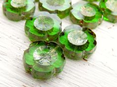 Emerald Isle Blooms - 15mm large transparent emerald czech table cut flower beads with Picasso finish (6), czech glass beads, uk czech beads