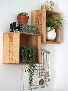 Recycled wine boxes #deco #inspiration #winebox #woodboxes