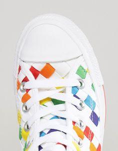Imagen 4 de Zapatillas hi-top de con estampado arcoíris Pride Chuck de Converse