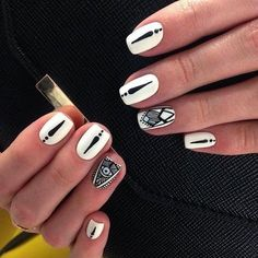 Beautiful nails 2016, Beautiful patterns on nails, Black and white nail ideas, Black and white nail polish, Charming nails, Ethnic nails, Manicure by summer dress, Nails with black pattern
