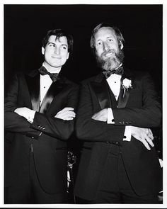 """""""Think Different"""" was born with Steve Jobs (Apple) and Lee Clow (TBWA\). Lee Clow, pictured with Steve Jobs in Game Changers: The Evolution of Advertising. Steve Jobs Biography, All About Steve, Steve Jobs Apple, Business Magnate, Ronald Wayne, Steve Wozniak, Advertising, History, Portrait"""