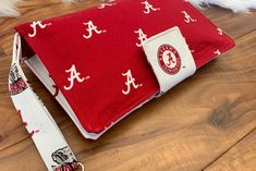 Excited to share this item from my shop: Diaper clutch / diaper tote / disper mini bag / roll tide / Alabama / crimson tide / Alabama baby * only 1 available * Alabama Baby, Alabama Crimson Tide, Alabama Football, American Football, Diaper Clutch, Shape And Form, Baby Boy Rooms, Changing Pad, Roll Tide