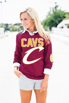 CLEVELAND CAVALIERS Elbow Patch Tee