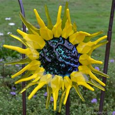Glass garden sculptures by Craig Mitchell Smith at Stan Hywet, Akron, Ohio. On My Paisley World http://mypaisleyworld.blogspot.com/
